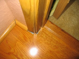 how to fix laminate floor popping